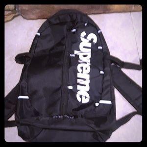 New 17SS Supreme logo school backpack BRAND NEW